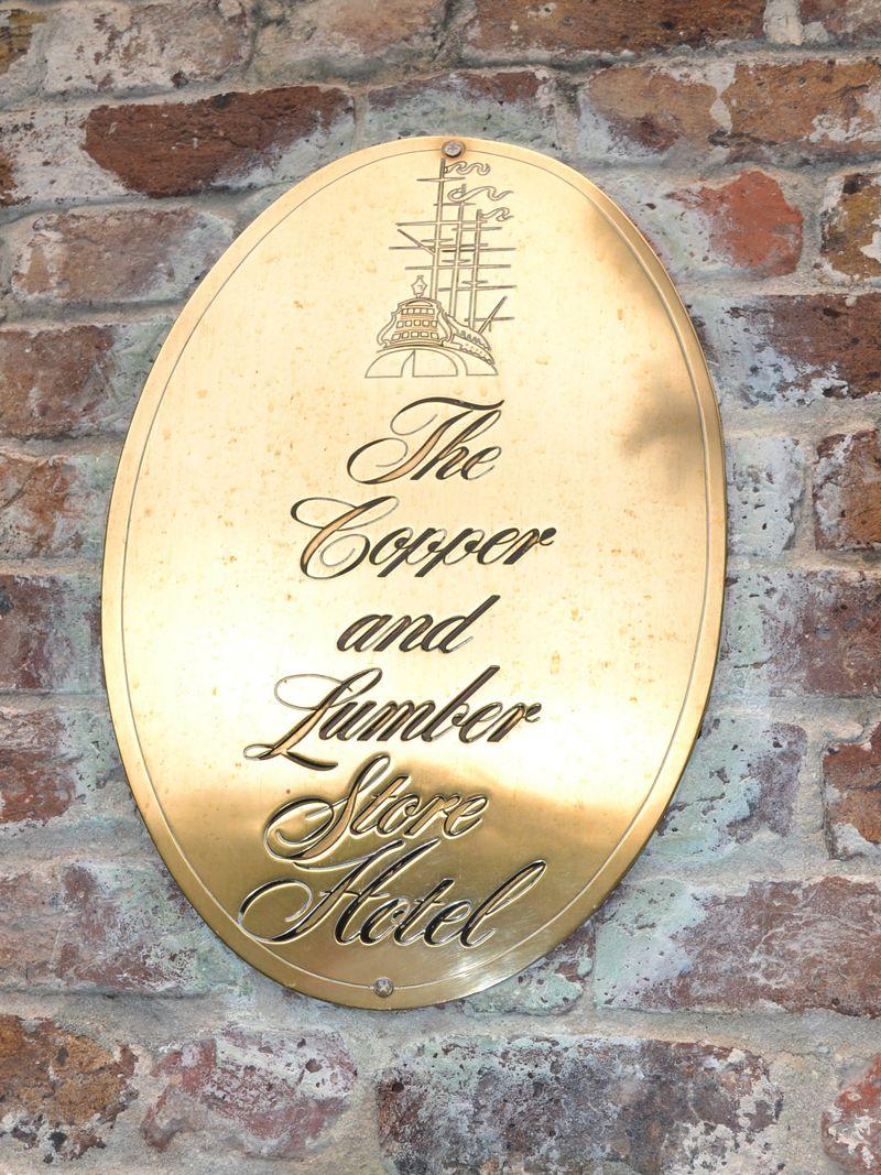 Copper & Lumber 01