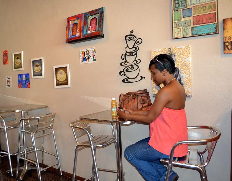 Cafe Bella 06
