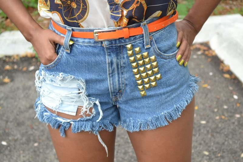 Gold Spikes & Studs 05